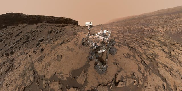 NASA's Mars rover Curiosity took this selfie in the Murray Buttes area, on the lower flank of Mount Sharp.
