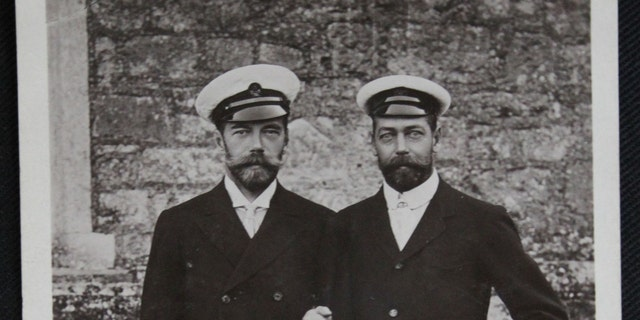 Czar Nicholas II with his cousin, the Prince of Wales (Henry Aldridge & Son)