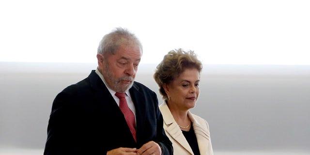 Brazil's former president, Luiz Inacio Lula da Silva and President Dilma Rousseff on March 17, 2016 in Brasilia.