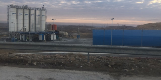 Construction on Mosul Dam