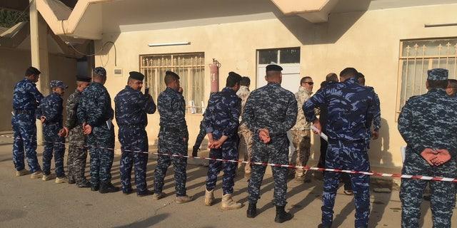 Italian army soldiers train Iraqi counterterrorism forces guarding Mosul Dam