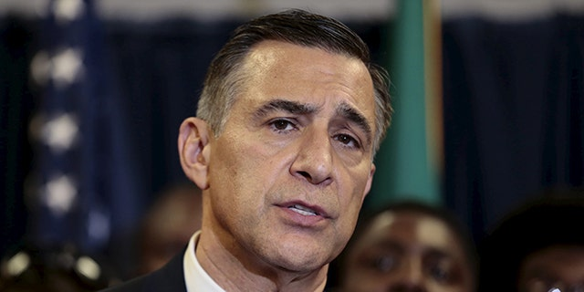 Head of a U.S. Congressional delegation to Nigeria Darrell Edward Issa speaks during a new conference during a visit by the delegation to Abuja, as part of efforts by the U.S. to enhance cooperation between both countries in tackling the Boko Haram in Nigeria August 4, 2015. REUTERS/Afolabi Sotunde - RTX1MZPO