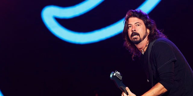 In the interview, Grohl also spoke about Nirvana singer Kurt Cobain, who died in 1994.
