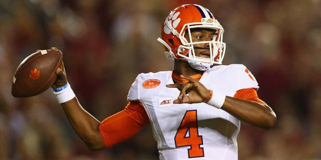 TALLAHASSEE, FL - SEPTEMBER 20: Deshaun Watson #4 of the Clemson Tigers throws against the Florida State Seminoles at Doak Campbell Stadium on September 20, 2014 in Tallahassee, Florida. (Photo by Ronald Martinez/Getty Images)