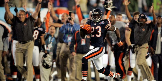 Devin Hester of the Chicago Bears holds the record for the fastest touchdown in Super Bowl history, returning the opening kickoff in just 14 seconds to give the Chicago Bears an early lead against the Indianapolis Colts. Just over a decade later, Pizza Hut has announced that if any player beats Hester's record, they can earn a free pizza through the chain's Hut Rewards program.