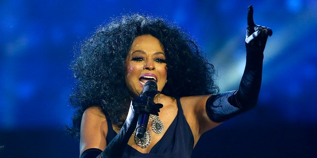 Diana Ross tweeted to her fans from Hawaii following the ballistic-missile false alarm.