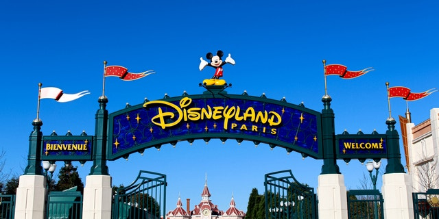The number of tourists visiting Disneyland Paris is dropping.