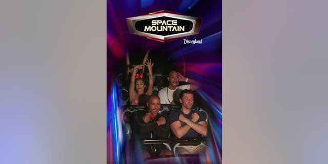 The pair's picture on Space Mountain has charmed Twitter.