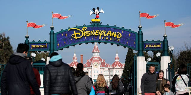 """A chef at Disneyland Paris sent a """"massive fireball"""" across the dinner table, claims a guest."""