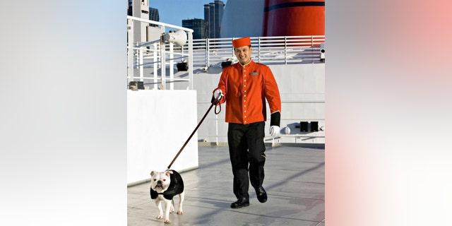 Time for a stroll. (Cunard)