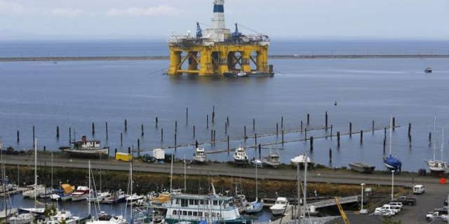 May 12, 2015: The Shell Oil Company's drilling rig Polar Pioneer is shown in Port Angeles, Washington. (REUTERS/Jason Redmond)