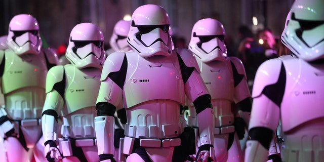 """A crowd of angry """"Star Wars"""" fans stormed a California AMC movie theater after the screening of """"The Last Jedi"""" played without sound for 20 minutes."""