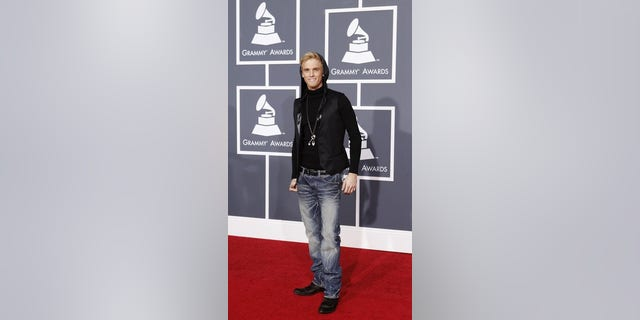 Singer Aaron Carter poses on the red carpet at the 52nd annual Grammy Awards in Los Angeles January 31, 2010.      REUTERS/Mario Anzuoni  (MUSIC-GRAMMYS/ARRIVALS) (UNITED STATES - Tags: ENTERTAINMENT)
