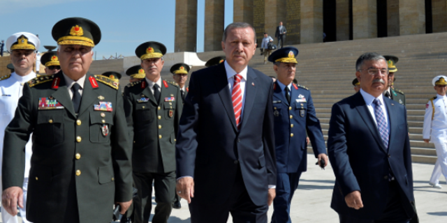Turkish President Recep Tayyip Erdogan, center.