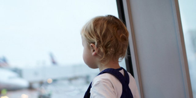 Teaching young kids about air travel could help ease toddler anxiety.
