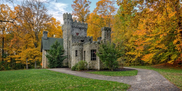 Squire's Castle was built in the 1890s by Feargus B. Squire for use as the gatekeeper's house for his future country estate, which was never built. It is now just a shell of a building owned by the Cleveland Ohio Metroparks and is open to the public.
