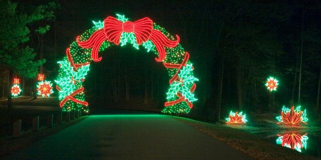 America 39 s top 10 christmas and holiday festivals fox news - Callaway gardens festival of lights ...
