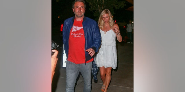 Affleck snapped with his now ex-girlfriend, Lindsay Shookus, while the two were together.