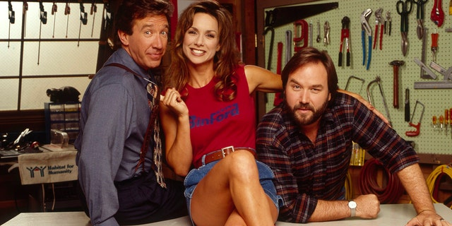 HOME IMPROVEMENT - Season 4 Gallery - Shoot Date: July 1, 1994. (Photo by ABC Photo Archives/ABC via Getty Images)TIM ALLEN;DEBBE DUNNING;RICHARD KARN
