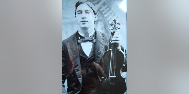 Mark Jessee is the grandson of Eugene Marks (pictured here), who is the son of Peter Marks.