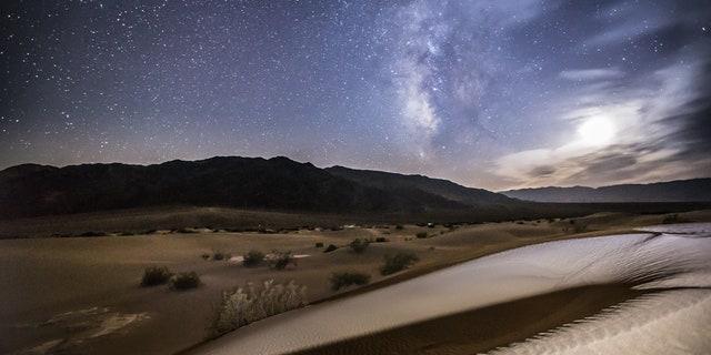 Milky way and dunes