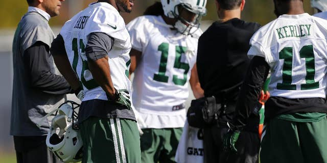 New York Jets wide receiver Percy Harvin (16) works out for the first time since his trade from Seattle during NFL football practice in Florham Park, N.J., Monday, Oct. 20, 2014. (AP Photo/Rich Schultz)