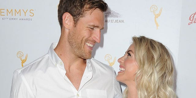 Westlake Legal Group f635b842ef32d510VgnVCM100000d7c1a8c0____-640_Julianne_Hough_Brooks_Laich_486 Julianne Hough and Brooks Laich have been 'having problems': reports Nate Day fox-news/entertainment/events/marriage fox-news/entertainment/events/couples fox-news/entertainment/celebrity-news fox-news/entertainment fox news fnc/entertainment fnc article 1ce0d66b-5ec0-52ab-ad9f-ad6ce8bfb872