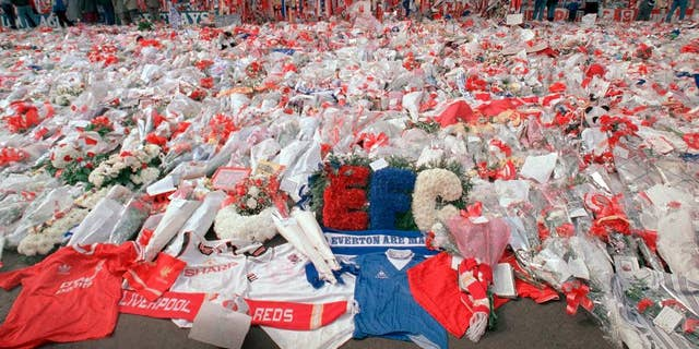 Westlake Legal Group face12a9-1cf5219231242a15970f6a7067005848 UK jury clears former police officer in 1989 Hillsborough soccer stadium disaster Samuel Chamberlain fox-news/world/world-regions/united-kingdom fox-news/world/world-regions/europe fox-news/sports/soccer fox news fnc/world fnc article 0d0fe4e6-9377-56eb-a447-d66d3f328d53