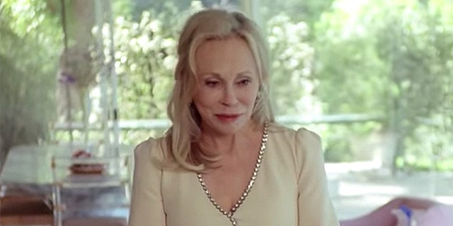 At 77, Faye Dunaway stars as the face of the new Gucci fashion campaign.