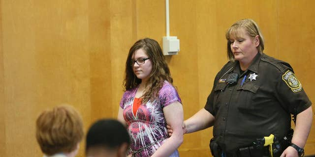 Anissa Weier appears in court in her Slender Man stabbing trial.