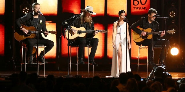 """Performance of """"Tears In Heaven"""" at the Grammys was made in tribute to those who died in the Las Vegas massacre and Manchester bombing."""