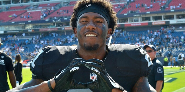 Oakland Raiders cornerback Sean Smith has been charged with assault and battery.