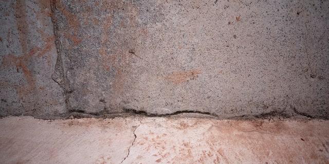 You can marvel over the tile backsplash later.