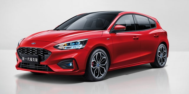Ford today introduces the all-new Focus car for global customers, featuring the latest advanced and affordable technology with more comfort and space and a better fun-to-drive experience.