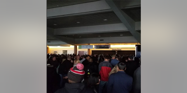 A massive power outage at Hartsfield-Jackson Atlanta International Airport has grounded flights Sunday afternoon.