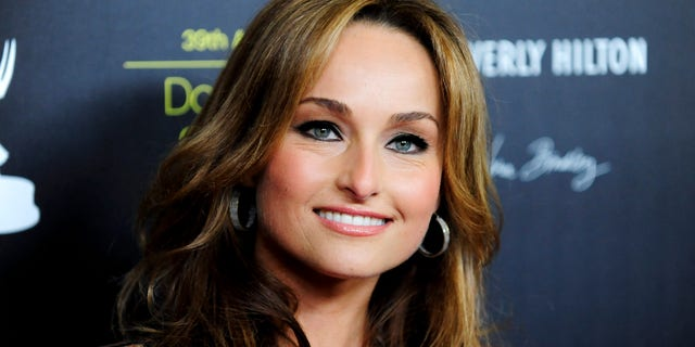Television personality Giada De Laurentiis arrives at the 39th Daytime Emmy Awards in Beverly Hills, California June 23, 2012. REUTERS/Gus Ruelas (UNITED STATES - Tags: ENTERTAINMENT HEADSHOT) - RTR342YC