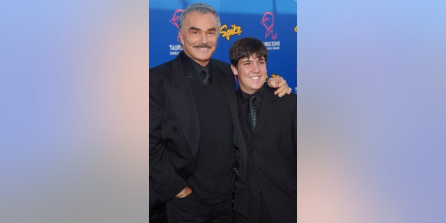 Burt Reynolds and son Quinton in 2004.