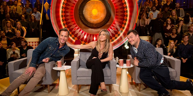 """THE GONG SHOW - """"Episode 101"""" - Celebrity judges Will Arnett, Jennifer Aniston and Jack Black are set to praise, critique and gong unusually talented and unique performers, on """"The Gong Show,"""" MONDAY, AUGUST 14 (10:01-11:00 p.m. EDT), on The ABC Television Network. (ABC/Greg Gayne)WILL ARNETT, JENNIFER ANISTON, JACK BLACK"""