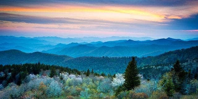 Scenic Blue Ridge Parkway Appalachians Smoky Mountains Spring Landscape