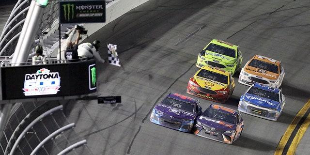 Bubba Wallace and Denny Hamlin battle to the finish of the Daytona 500.