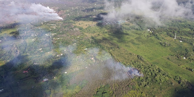 One new fissure opened up west of Highway 132 along Hale Kamahina Loop Road.
