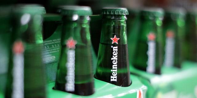 "Heineken's new ""Worlds Apart"" ad is receiving high marks online."