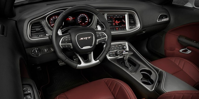 2019 Dodge Challenger SRT Hellcat Widebody - interior