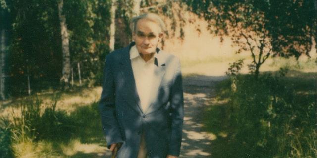 Rudolf Hess photographed in the garden of Spandau Prison. (Henry Aldridge & Son)