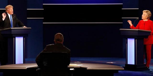 Sept. 26, 2016: Presidential nominees Donald Trump (R) and Hillary Clinton (R) at first presidential debate, Hofstra University, Hempstead, N.Y. (REUTERS)