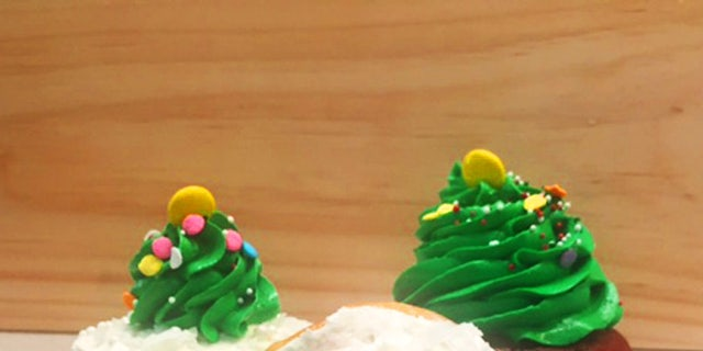 Piping buttercream Christmas trees may take some skill, but it's easier than you think.