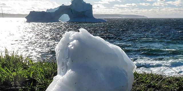 The iceberg images, captured by Mark Gray (Mark Gray)