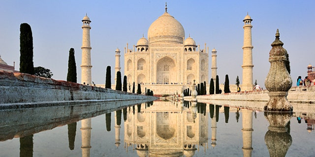 The area around India's famed Taj Mahal did not meet the expectations of NBA player Kevin Durant, he said in an interview.