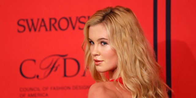 Model Ireland Baldwin arrives at the 2013 Council of Fashion Designers of America (CFDA) awards in New York June 3, 2013.  REUTERS/Lucas Jackson (UNITED STATES - Tags: FASHION ENTERTAINMENT) - RTX10AS6