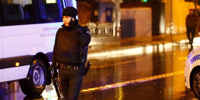 Police secure area near an Istanbul nightclub, Turkey, January 1, 2017. REUTERS/Osman Orsal - RTX2X3I4